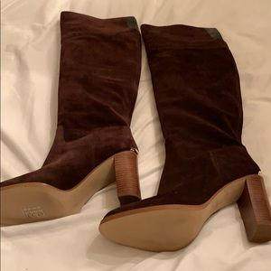 Knee-high Michael Kors suede brown boots